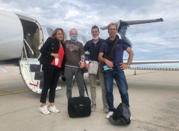 Итальянские специалисты перед вылетом в Волгоград самолетом Cofrance Sarl